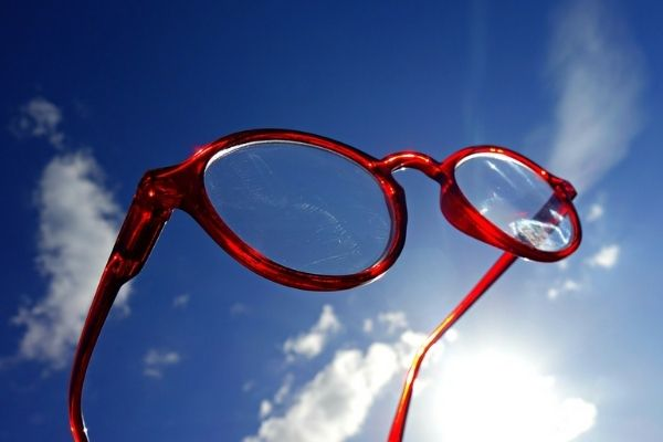 Choosing Perfect Eyewear | Improved Vision and Incredible Fashion