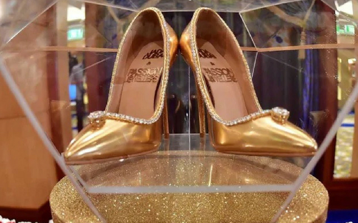 Dh62 Million Worth Shoes Launched In Dubai Clothingric Com