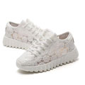 casual-sneakers-lace.jpg