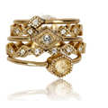 gold-full-bloom-ring-set-clothingric.jpg