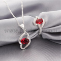 heart-pendant-necklaces-and-rings.jpg
