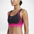 womens-sports-bra-clothingric.jpg